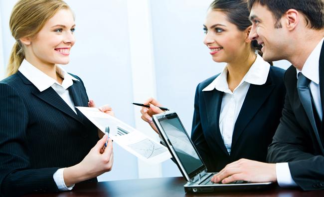 https://fnrco.com.sa/blogDetails/3/موظف_جديد؟_إليك_10_نصائح_تضمن_بهم_النجاح_في_مكان_عملك